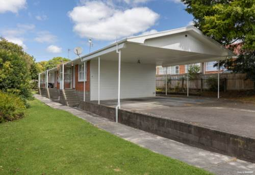 Papatoetoe, Investor Delight with Potential, Property ID: 807517   Barfoot & Thompson