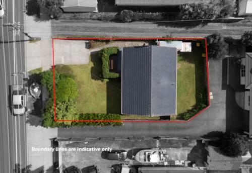 Te Atatu South, Super Starter With Own Driveway!, Property ID: 807392 | Barfoot & Thompson