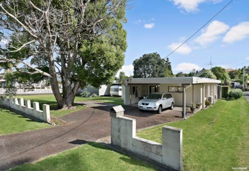 Manly, Block, Single Level, Full Section!, Property ID: 807265 | Barfoot & Thompson