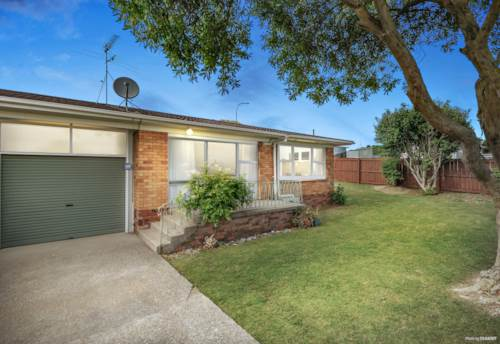 Pukekohe, THINK BEST & INVEST IN BRICK!, Property ID: 807757 | Barfoot & Thompson