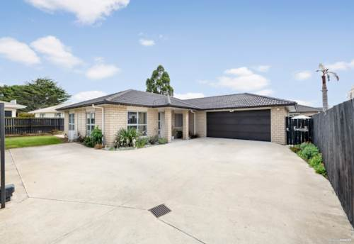 Manukau, Amazing Family House - Superb Location, Property ID: 807752 | Barfoot & Thompson