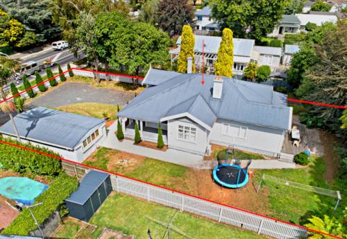 Papakura, Golden Opportunity for Developers, Property ID: 807815 | Barfoot & Thompson