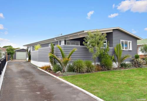 Pukekohe, 3 + 2 = Opportunity for You!, Property ID: 807868 | Barfoot & Thompson