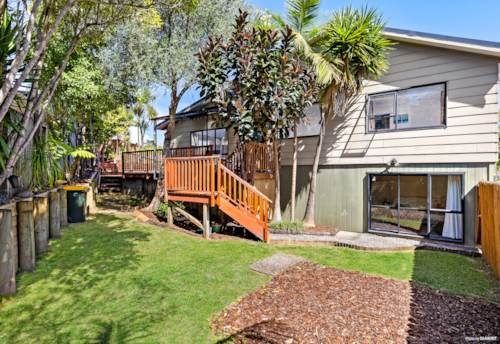 Sunnynook, Spoilt for choice, Property ID: 807535 | Barfoot & Thompson