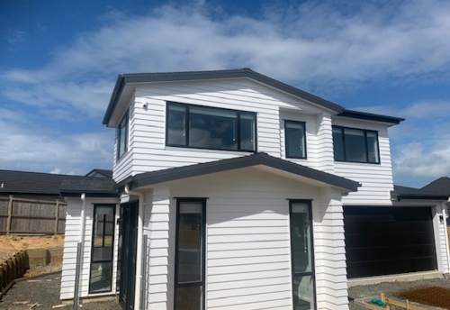 Orewa, BRAND NEW - SPACIOUS FAMILY HOME, Property ID: 56003377 | Barfoot & Thompson
