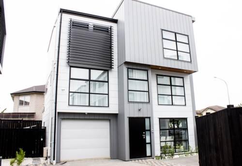Flat Bush, BRAND NEW STATE OF THE ART TOWNHOUSE!!, Property ID: 45002521 | Barfoot & Thompson