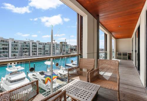 City Centre, Absolute Waterfront Edge!, Property ID: 802570   Barfoot & Thompson