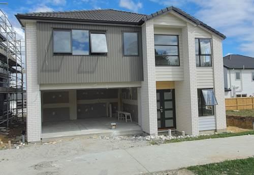 Flat Bush, Splendid Family Home with 2 Legal Kitchen, Property ID: 807156 | Barfoot & Thompson