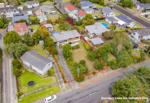 Papakura, 1012 m2 of Pure Gold Land Bank!, Property ID: 806801 | Barfoot & Thompson
