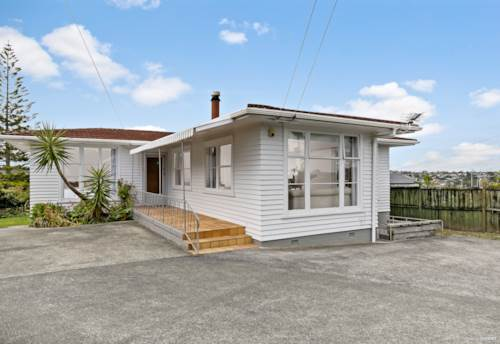 Mt Roskill, GREAT STARTER OR INVESTMENT - OWN TITLE!, Property ID: 807806 | Barfoot & Thompson