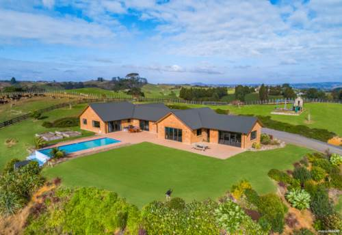 Buckland, 13ha lifestyle property close to Pukekohe, Property ID: 808147 | Barfoot & Thompson