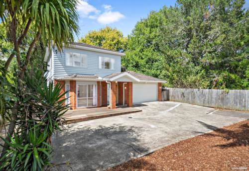 New Lynn, A Well Presented Family Home, Property ID: 806018 | Barfoot & Thompson