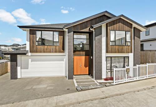 Pinehill, Near New Mansion in Rangi Zone, Property ID: 807981 | Barfoot & Thompson