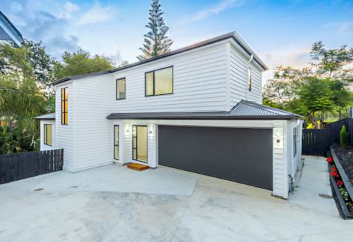 Pakuranga, Brand New, Ideal for extended family, Property ID: 808394 | Barfoot & Thompson