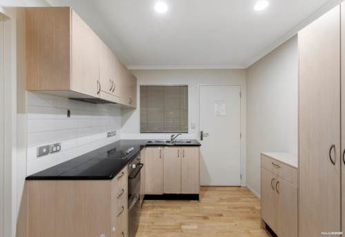 Newmarket, Affordable, Top School Zone Apartment with Carpark, Property ID: 808300   Barfoot & Thompson