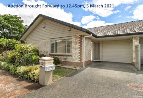 Te Atatu Peninsula, Auction Brought Forward to 12.45pm, 5 March 2021, Property ID: 807375 | Barfoot & Thompson