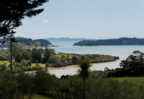 Mangonui, Expansive Harbour Views, Property ID: 808340 | Barfoot & Thompson