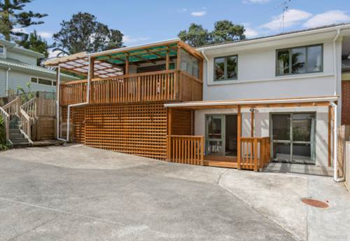 Torbay, A Well Loved and Beautifully Renovated Home and Income, Property ID: 807946 | Barfoot & Thompson