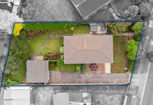 Papakura, RENT, RESIDE OR DEVELOP - 711sqm (MHS ZONE), Property ID: 808599 | Barfoot & Thompson