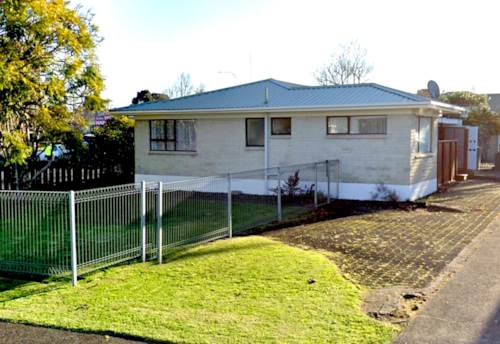 Tuakau, Be QUICK - 2 Beddy BRICK! You Snooze, You Lose, Property ID: 807661 | Barfoot & Thompson