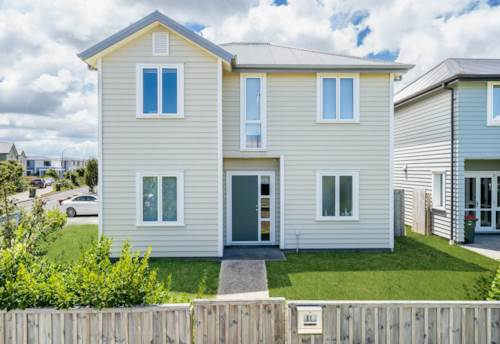 Papakura, Quality and elegance by the roomful., Property ID: 85002250 | Barfoot & Thompson