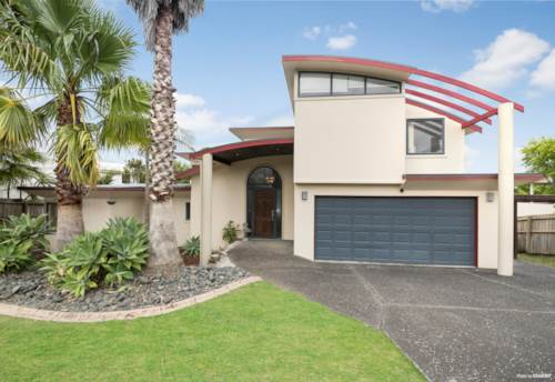 West Harbour, Home And Income, Close to Beach, Seaviews!, Property ID: 808088 | Barfoot & Thompson