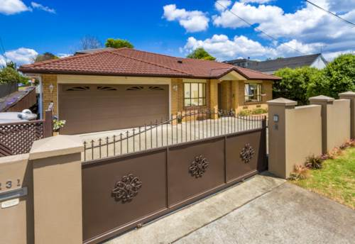 Takapuna, A perfect Family Home in Central Location, Property ID: 808803 | Barfoot & Thompson