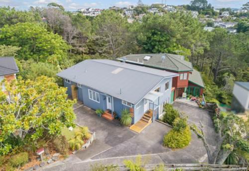 Murrays Bay, Coastal Sanctuary - Highly desired location, Property ID: 807866 | Barfoot & Thompson