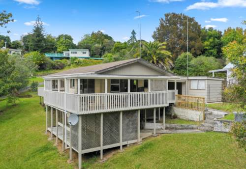 Haruru, Hop On The Property Ladder, Property ID: 808956 | Barfoot & Thompson