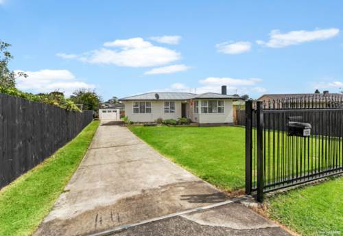 Mangere East, Seeing it is believing - Land bank or Develop, Property ID: 807632 | Barfoot & Thompson