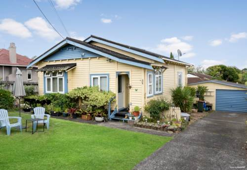 New Lynn, Calling all First Home Buyers & Investors, Property ID: 808419 | Barfoot & Thompson