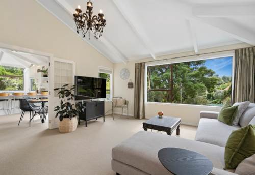 Paihia, LOCATION & STYLE IN PAIHIA, Property ID: 809258 | Barfoot & Thompson