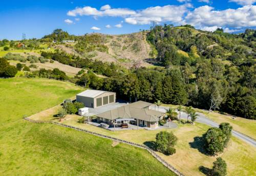 Mangawhai, HORSE LOVERS, LIFESTYLERS AND LAND BANKERS, Property ID: 809242 | Barfoot & Thompson