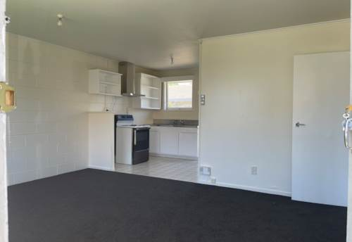 Mt Wellington, Tidy 2 Bedroom Unit, Property ID: 36005441 | Barfoot & Thompson