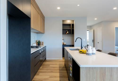 Pukekohe, Executive Home on Huge Section, Property ID: 809014 | Barfoot & Thompson