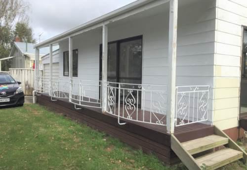 Pukekohe, TWO BEDROOM BEAUTY , Property ID: 46002798   Barfoot & Thompson