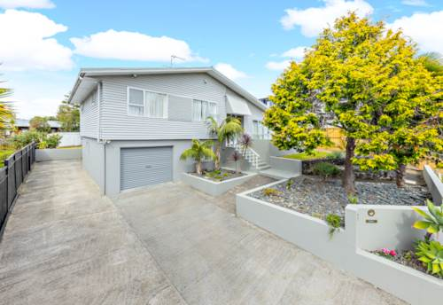 Pakuranga Heights, A Loving Family Home, Property ID: 809309 | Barfoot & Thompson