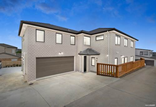 Ranui, Luxurious Extended Family Living, Property ID: 807130 | Barfoot & Thompson