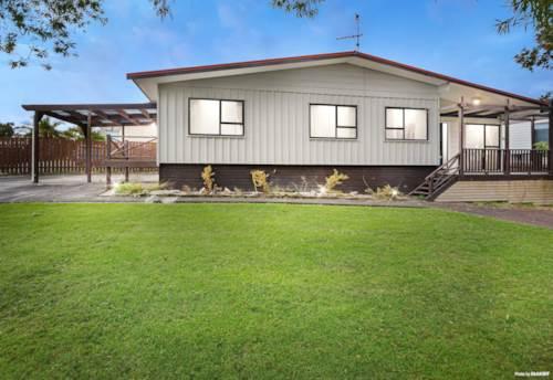 Papatoetoe, Renovated Stunner on the Corner!, Property ID: 809347 | Barfoot & Thompson