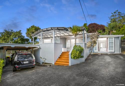 Stanmore Bay, Super Cute Kiwi Cottage, Property ID: 809489   Barfoot & Thompson