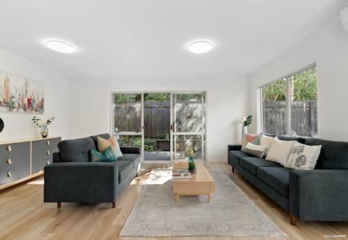 Glen Eden, Good Value First Home, Property ID: 809380   Barfoot & Thompson