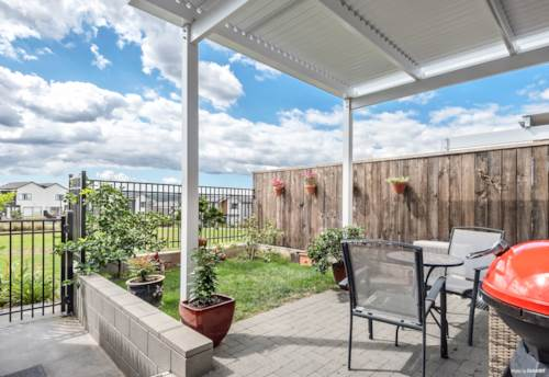 Kumeu, Home Sweet Home on the Park !!, Property ID: 809502 | Barfoot & Thompson