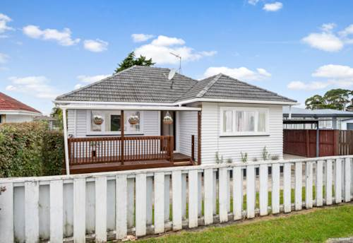 Papatoetoe, Blink and it will be gone, Property ID: 808827 | Barfoot & Thompson