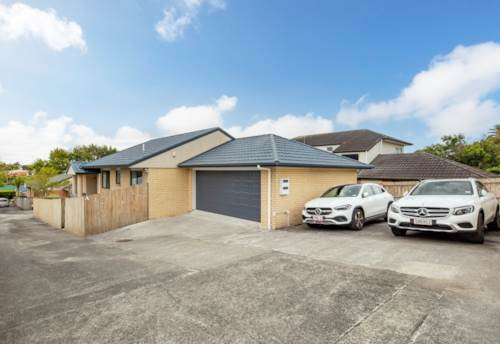 New Lynn, Brick and Style Family Home, Property ID: 809201 | Barfoot & Thompson