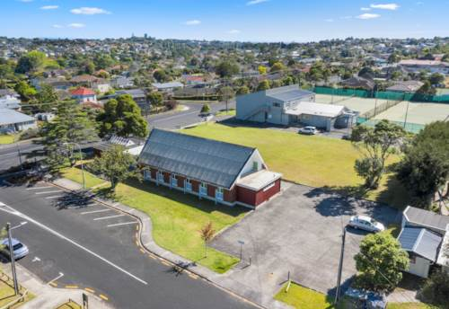 Bayswater, NORTH SHORE OPPORTUNITY OF THE YEAR, Property ID: 809426 | Barfoot & Thompson