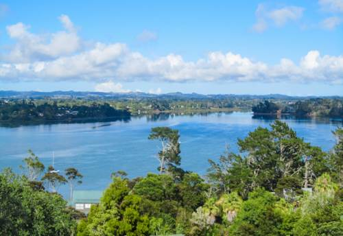 Albany, Stunning Harbour Views on 1214m2, Property ID: 809684 | Barfoot & Thompson