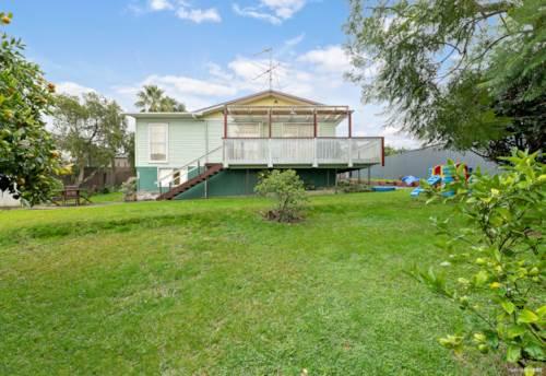 Manurewa, Love land banking or backyard? Look here 903m2 Section!, Property ID: 809800 | Barfoot & Thompson