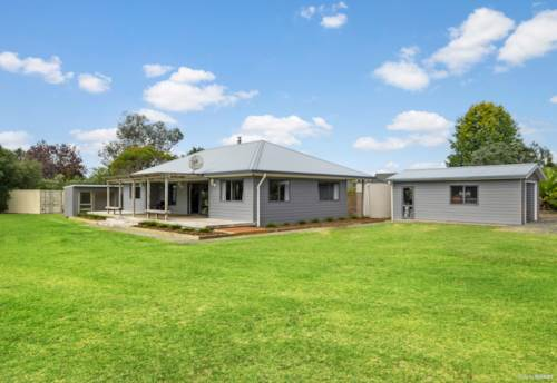 Kerikeri, AFFORDABLE FEEL GOOD FAMILY HOME, Property ID: 809492 | Barfoot & Thompson