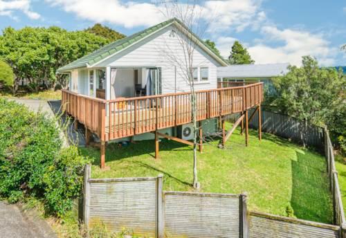 Glenfield, Sunny Townhouse, Property ID: 11000873 | Barfoot & Thompson