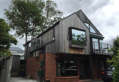 Northcote Point, Easy Living, Property ID: 11000942 | Barfoot & Thompson